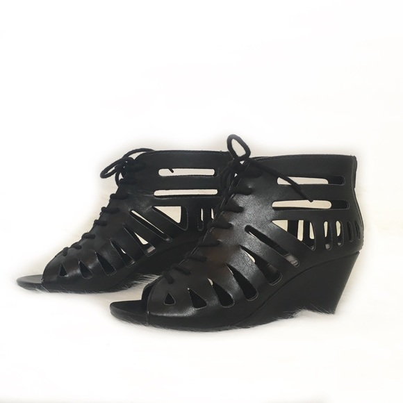 98065db8318b Brash Shoes - Brash Lace Up Peep Toe Gladiator Wedge Sandals 7
